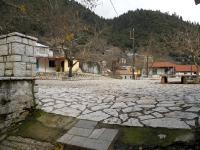 Η πλατεία του Χωριού