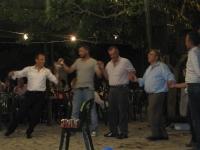Χορευτική φιγούρα απ' το Θωμά, το βράδυ του πανηγυριού με την παρέα του